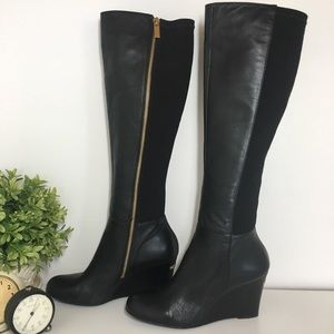 Michael Kors Tall Bromely Wedge Boot size 6 Black